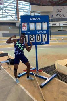 Athletisme: Record mondial pour Hugues Fabrice Zango